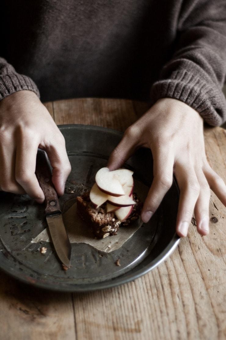 Moist Spiced Apple Loaf Cake Recipe