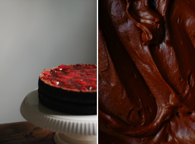A moist and delicious strawberry and chocolate cake recipe with a decadent chocolate frosting. This chocolate layer cake is perfect for all celebrations!| sophisticatedgourmet.com