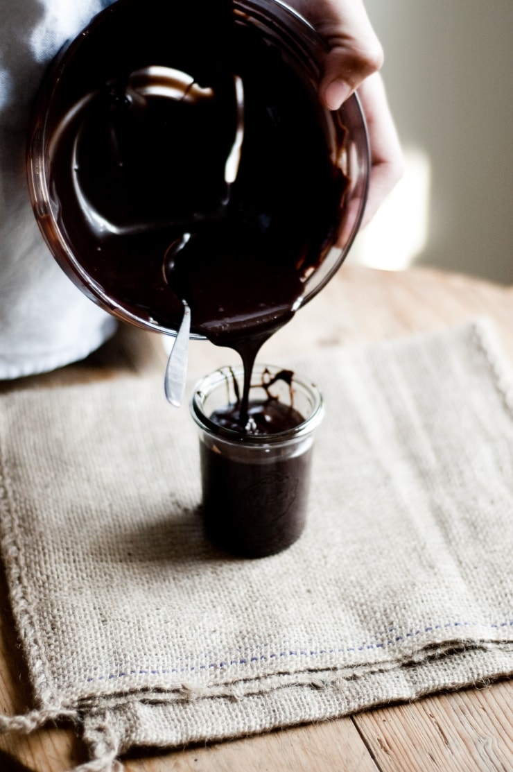 Very Best Chocolate Fudge Sauce Recipe | sophisticatedgourmet.com