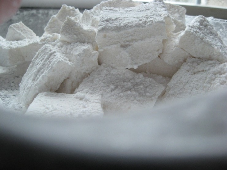 Homemade Marshmallows Recipe | sophisticatedgourmet.com