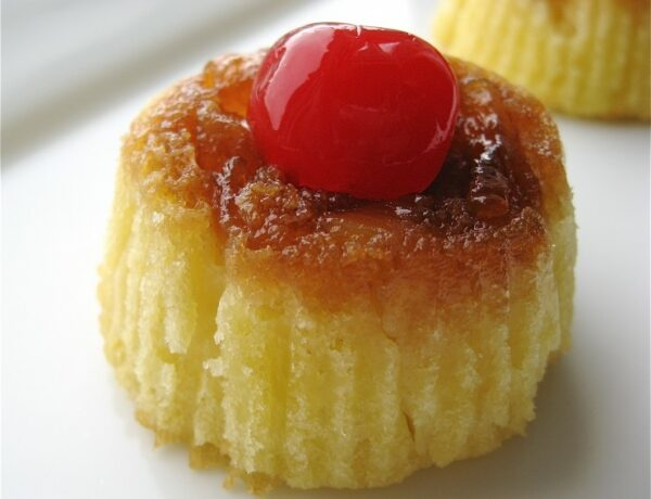 Mini Pineapple Upside-Down Cakes | sophisticatedgourmet.com