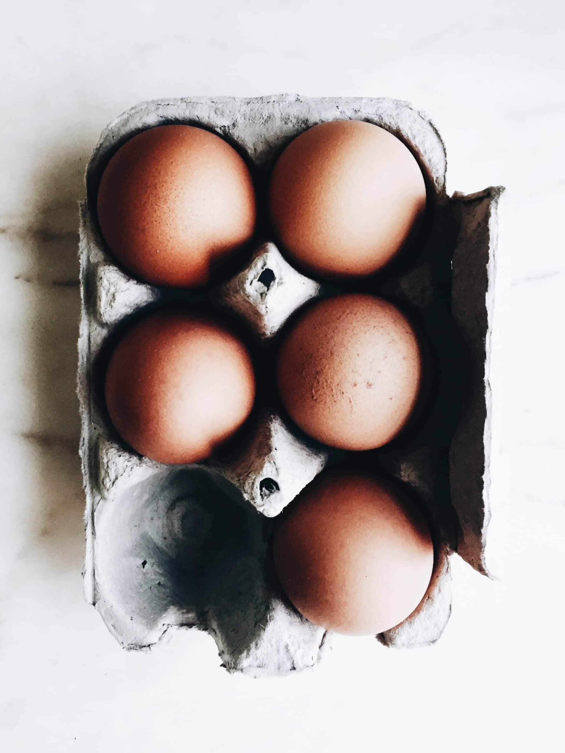 Here are a couple easy methods of how to bring eggs to room temperature quickly and efficiently for baking without headache.
