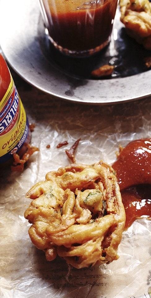 Crispy Pakora Recipe from sophisticatedgourmet.com