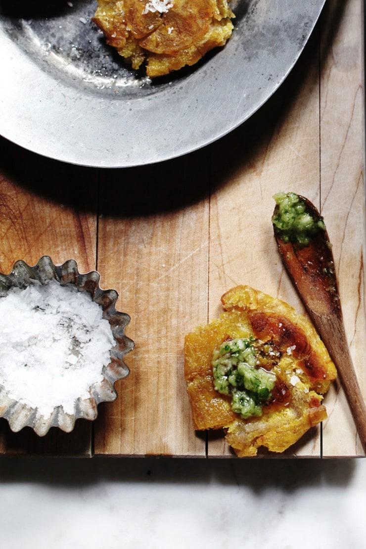 Dominican Tostones Recipe With Cilantro (Coriander) Ajillo Sauce